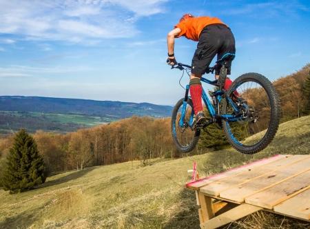 MTB Fahrtechnik Jump Rhöntrail Bikeschule