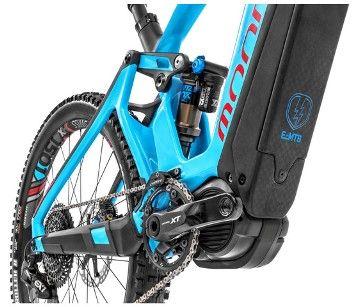 Das Mondraker E-Mountainbike Crusher XR+ Light aus Carbon