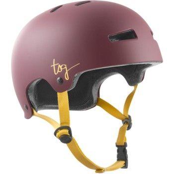 Der satin rote Helm für Damen: zuverlässige Schutzausrüstung von TSG