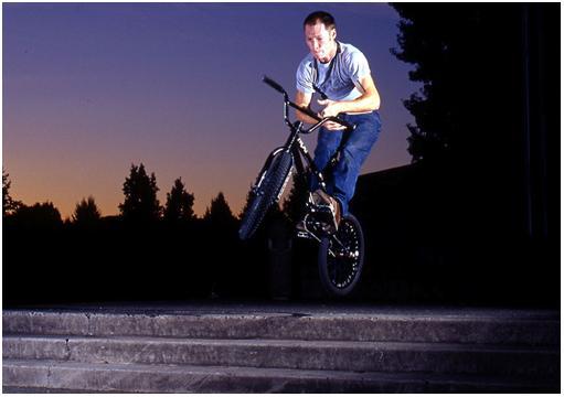 Sprung mit dem BMX Bike